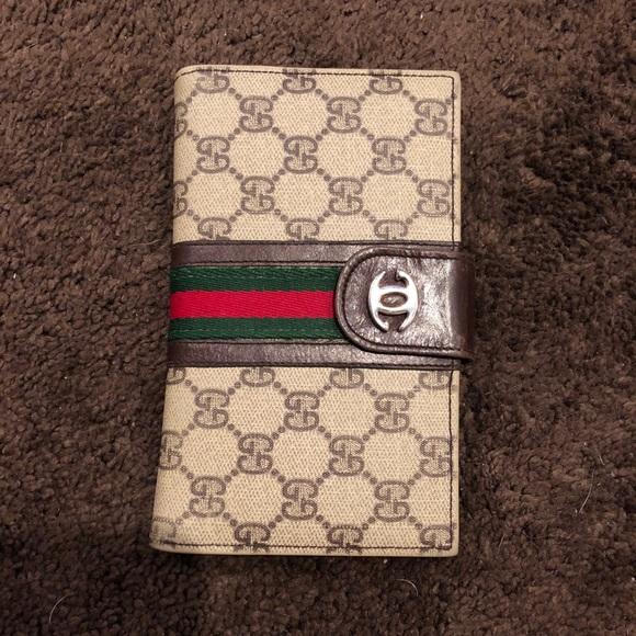 c87a96a6787 Gucci Accessories - Vintage Gucci Wallet